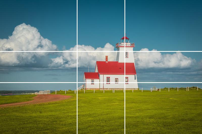 Фотография маяка сделанная согласно правила Золотого соотношения.