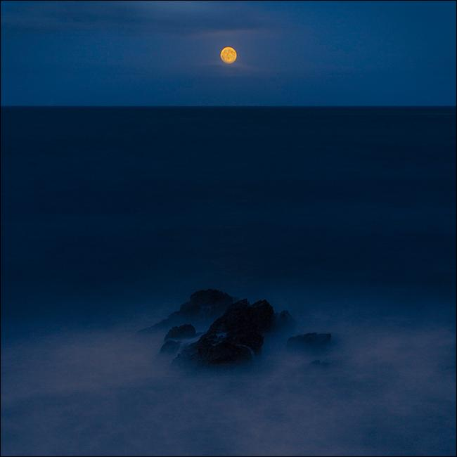 Океан в ночи