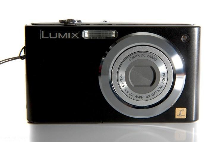 Стандартная компактная фотокамера