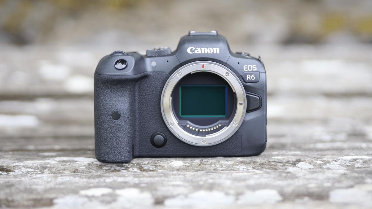 Фотокамера Canon EOS R6
