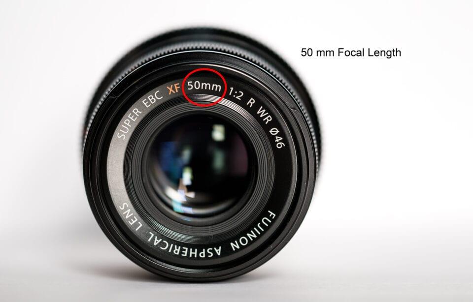 Объектив Fujifilm с фокусным расстоянием 50мм