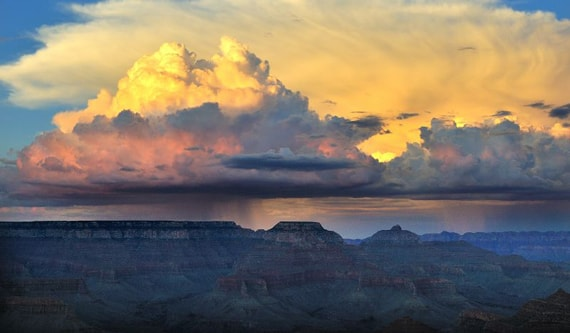 """Облака и каньоны"" фотограф Talbot Troy"